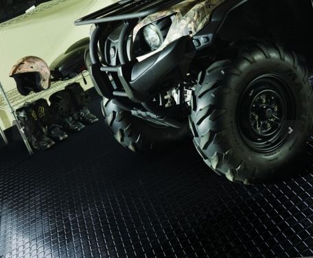 Image of four-wheeler Over Reel Rubber Floor