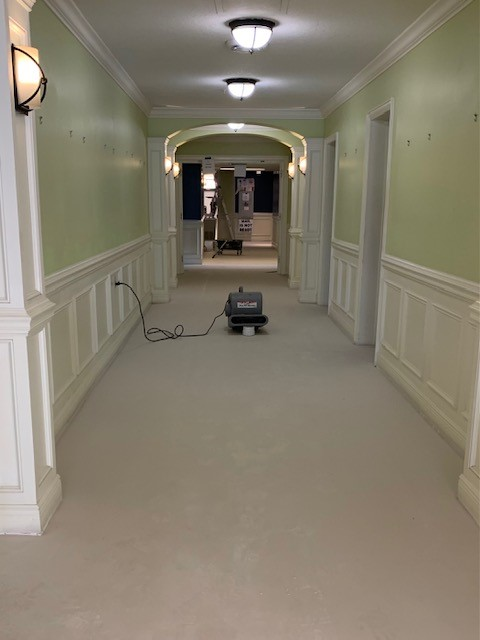 flooring with leveling compound