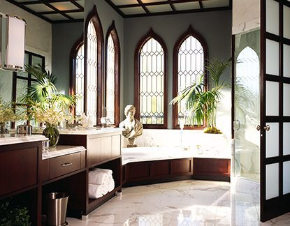 Traditional Design Venetian Bathroom