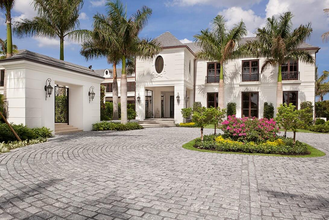Traditional-Manalapan-Estate-Exterior